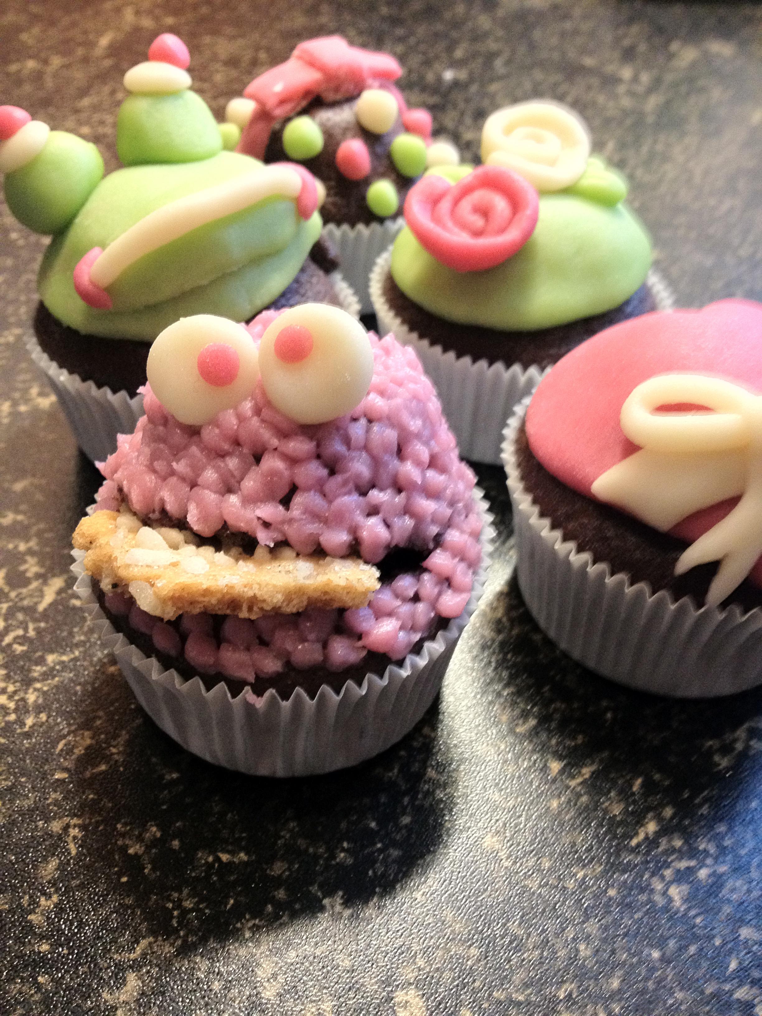 Versierde cupcakes